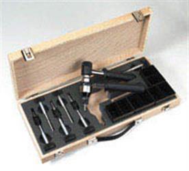 Remachadora manual para tuercas remachables